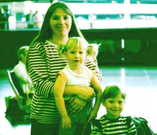 Airport Rebecca, Heidi, Cheryl